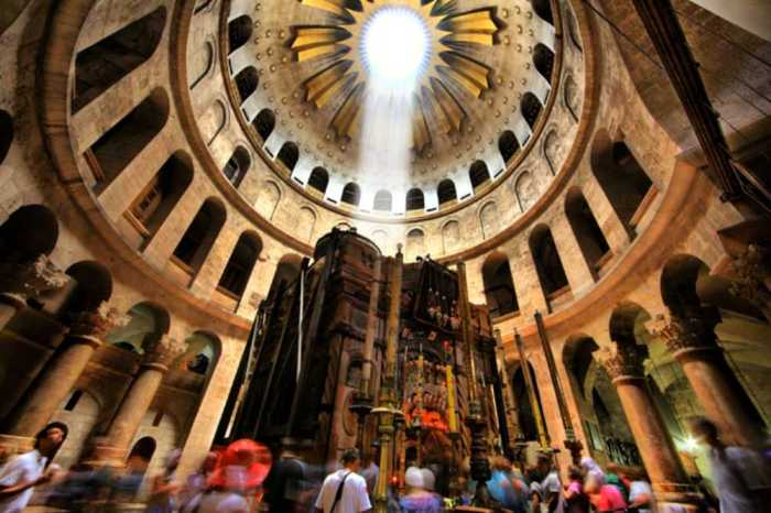 church of holy sepulchre tomb